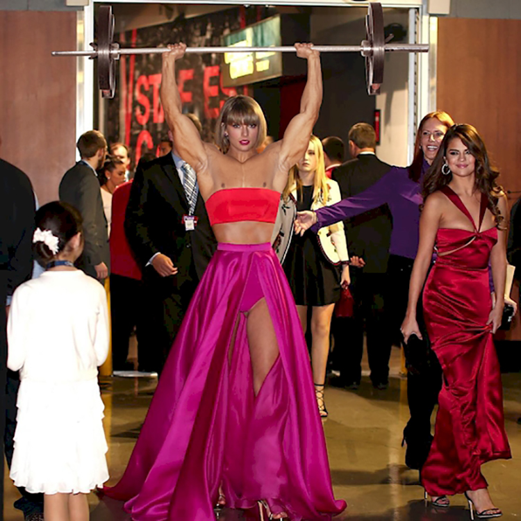 Taylor Swift Shows Up Wearing This At The Grammys And The Internet Responds With Photoshop