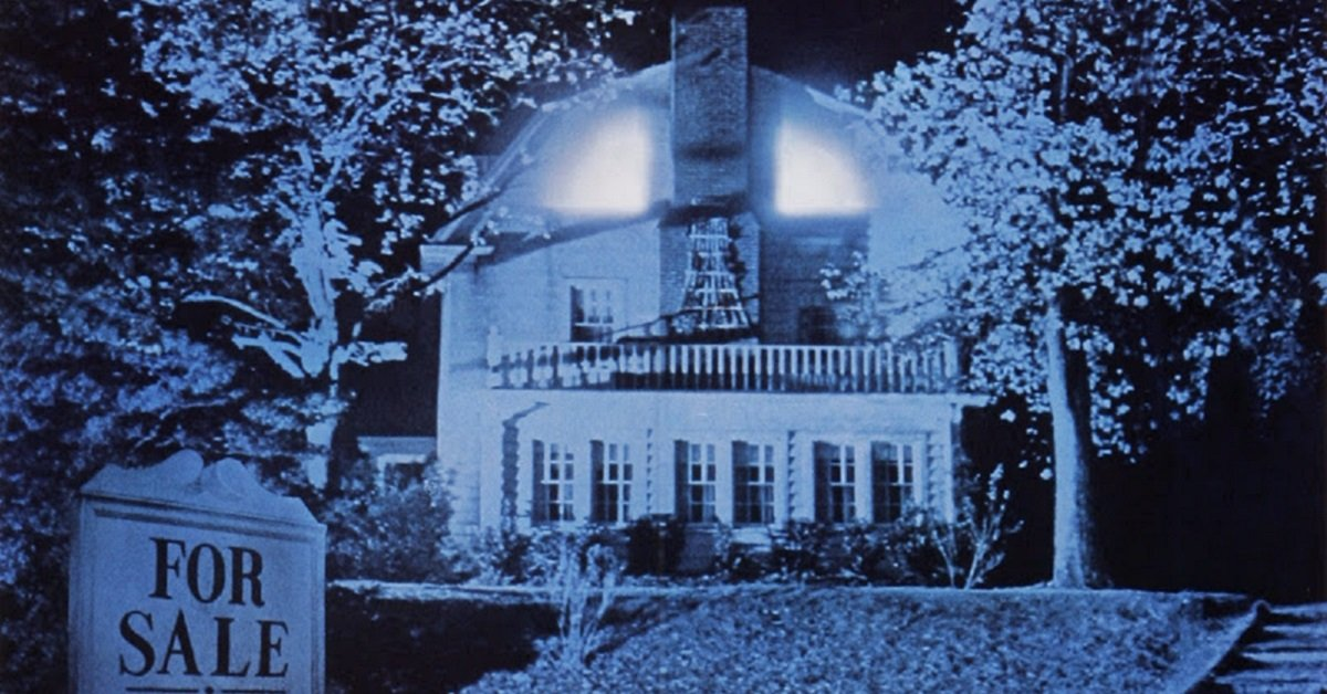 The Amityville Horror House Is For Sale! Would You Dare To Live In It?