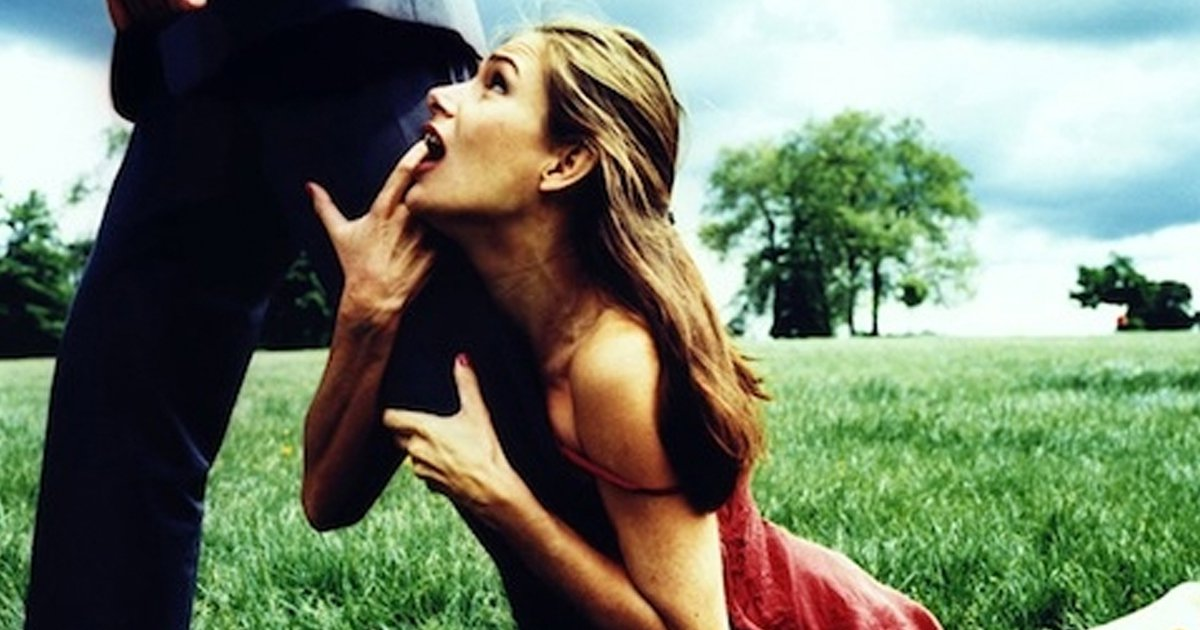 8 Things Girlfriends Do That Scare Guys Away