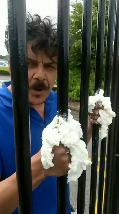Dad Superglues His Hands To Daughter's School Gates As Protest